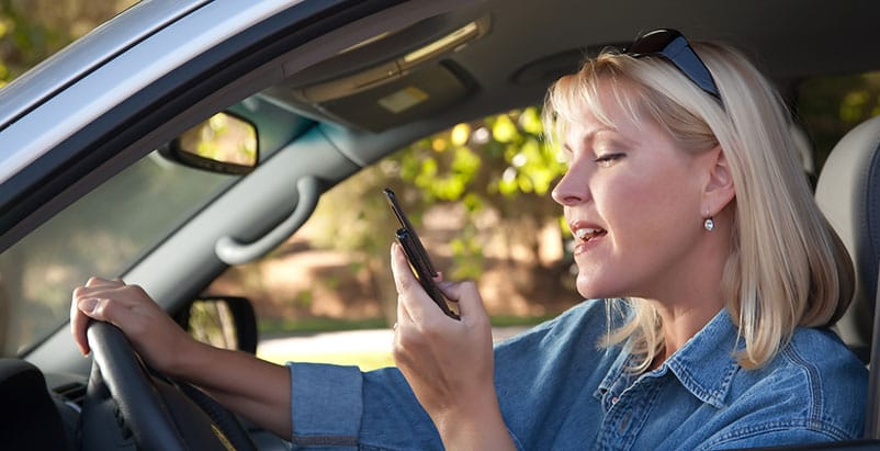 Distracted Driving Lawyers in Tennessee